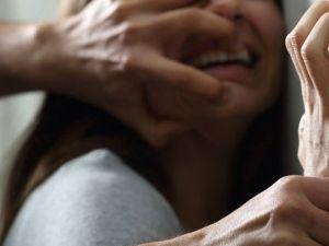 İĞRENÇ! BABA-OĞUL KENDİLERİNİ BÖYLE SAVUNDU: 'YAŞINI BİLMİYORDUK!&#