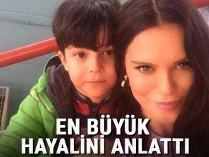 Ebru Şallı evlat acısıyla nasıl baş etmeye çalıştığını anlattı