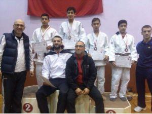 Yalovalı Judocu Türkiye Üçüncüsü Oldu