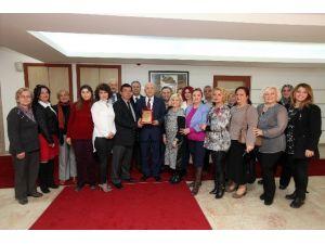Esat Sakinleri Yaşar'ı Ziyaret Etti