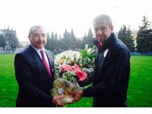 Sancaktepe Belediye Başkanı'ndan Galatasaray'a Ziyaret