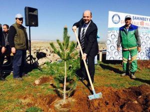 """Veli Kıyak: """"Hedefimiz Gaziantep'i İlk 25'lere Taşımak"""""""