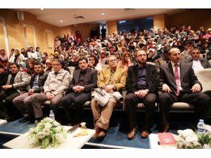 Din Kültürü Ve Ahlak Bilgisi Eğitimi Öğrencileri Şehitleri Andı