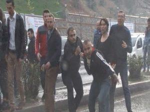 İHA Muhabirine Şehir Magandalarından Tekme Tokat Saldırı