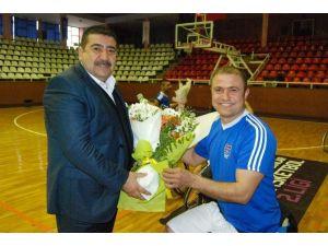 Gaziantep Büyükşehir Belediyesi'nden Tekerlekli Sandelye Basketbol Sporuna Destek