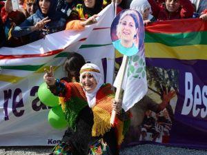 Tatvan'da Nevruz Kutlamaları